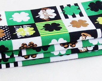 Contemporary Irish Shamrocks Cotton Napkins / Set of 4 / Eco-Friendly St. Patrick's Day Table Decor / Unique Gift Under 50