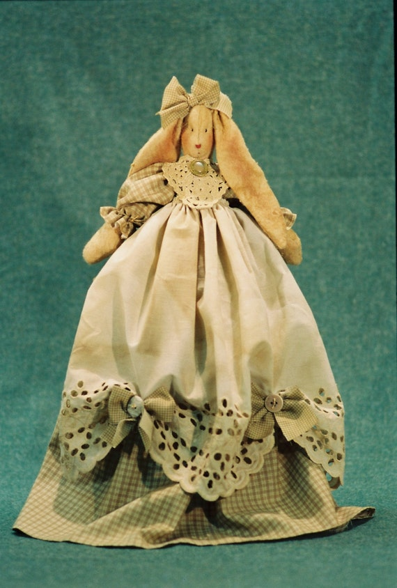 Mailed Cloth Doll Pattern  21in Pretty Country Girl Bunny
