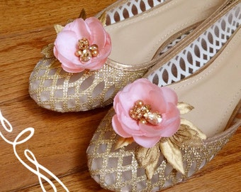 pink and gold shoe clips, crystal shoe clips, gold shoe clips, pink flower shoe clips, bridal shoe clips, wedding shoe clips, Swarovski,