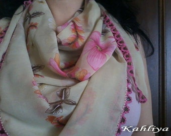 Gorgeous Versatile Scarf/Shawl with delicate Embroidery/Lacework light , Floral, Cream, Pink