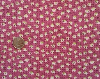 PK028 ~ Pink fabric Mauve fabric Quilting fabric Small print Tiny flowers