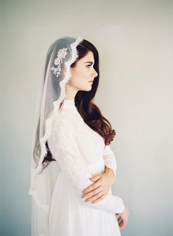 Lace Mantilla Wedding Veil Bridal Veil Drapey Wedding Veil