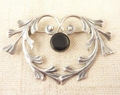Vintage Sterling Heart Shaped Vine Brooch with Onyx Stone