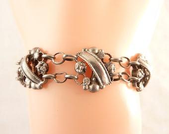 SALE --- Antique Sterling Elegant Openwork Links Bracelet with Screw Closure