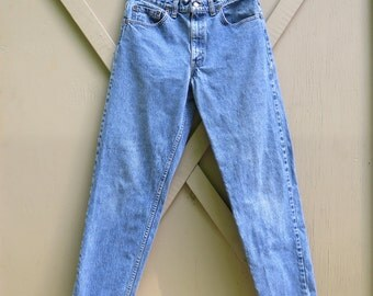 80s/90s vintage Levi's 550 Stone Washed Relaxed Fit Tapered Leg Denim Jeans