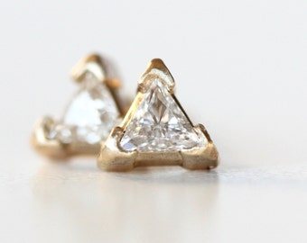 Diamond Stud Earrings in 14k yellow gold - modern triangle faceted diamond post brushed finish