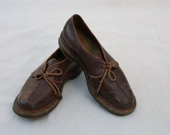 Vintage 1930s / 1940s Brown Leather Oxfords Wooden Shoes Size 6 / 7