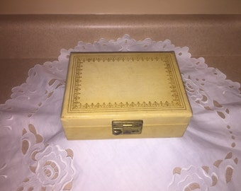 Vintage Jewelry Box Jewelry Display Altered Art Epicycle