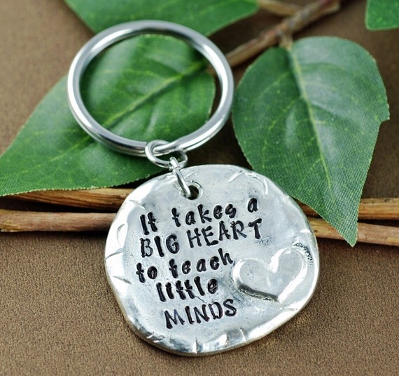 Thank you gift for Teacher | It Takes a Big Heart to Teach Little Minds | Gift for Teacher | Teacher Appreciation Gift | Teacher Keychain