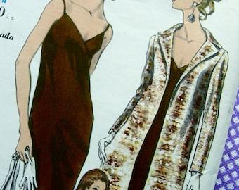 UNCUT * Vintage Vogue Special Design  Pattern 7226  - STUNNING  Slim Low Cut High waist Evening  Dress & Coat - Size 14 * Bust 34