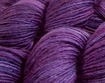 Hand Dyed Yarn - DK Weight Superwash Merino Wool Singles Yarn - Blackberry Tonal - Knitting Yarn, Wool Yarn, Single Ply Yarn, Purple