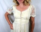 Vintage 1970s Lace Gunne Sax Style Maxi Peasant Lace Wedding Dress