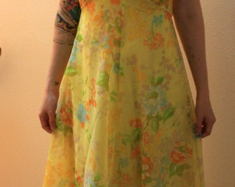 1960s Yellow floral chiffon dress with cape. Size small