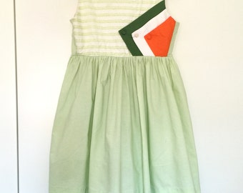 1960s Mod Vintage Girls Dress Full Skirt Green White Colorblock Babydoll XS
