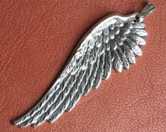 6 Wing Pendants with Bails PLUS Your choice of antique silver or antique gold finish, Deeply etched quality stampings