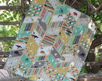 Split Arrows Quilt Pattern - Chevron Quilt Pattern - Fat Quarter Friendly - FQ Quilt Pattern - Slice of Pi Quilts
