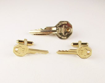 Vintage GM Key Cuff Link and Tie Clip Set, Hickok