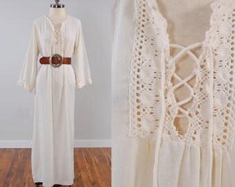 Vintage 70s cream gauze maxi dress / Crochet lace trim and LACE UP front / Caftan style dress