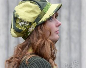 Women's Newsboy Hat / 60's Green Floral Novelty Print Fabric