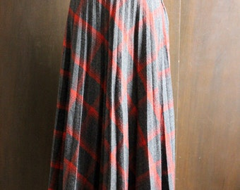 60s vintage wool pleat skirt / grey and red plaid, high waist, midi skirt, xs