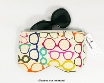 Glasses Case Large eyeglass case holder sunglasses case eyeglasses case coworker gift under 20 glasses case soft optometrist gift zipper