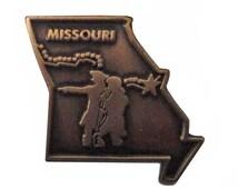 MISSOURI State vintage lapel metal pin Lewis & Clark
