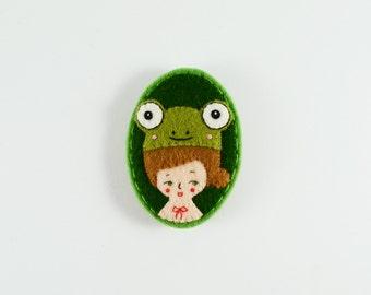 Girl Brooch / Cute Felt Girl Pin / Amusement Park Felt Brooch / Frog Hat Felt Brooch / Frog Girl Brooch / Frog Girl Pin / Felt Frog Girl Pin