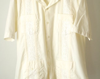GUAYABERA short sleeve 70s cream traditional MEXICO vintage button up shirt
