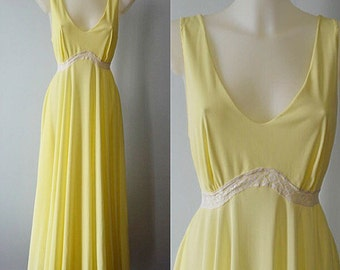 Vintage Nightgown, Vintage Lingerie, Vintage Nightgowns, 1980s Nightgowns, 1980s Gay Lure, Yellow Mega Sweep Nightgown