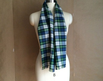 vintage 1980's tartan plaid scarve/  scarf /  preppy chic  / wool blend