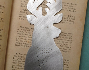 Stag bookmark with wooden sleeve(dark)