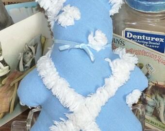 Vintage chenille bedspread Bear bue & white little pillow, lavender scent