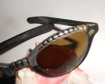 Sunglasses-Bombshell Eye Bling Fantastic Sterling Look Frames with Applied Metal Edged Design -Vintage In Case