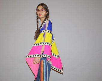 Rare Authentic 1960s Vintage Hippie Neon Rainbow Poncho Cape  - Vintage 60s Mod Beach Cape  -  WO0654