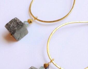Boho Hoop Earring, Pyrite Dangle Earring, Minimalist Teardrop Hoop, Pyrite Cube Earring, Raw Stone Jewelry, Nugget Earring