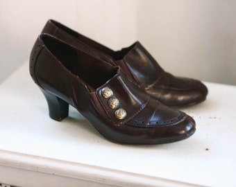 6M Brown Leather Loafer Pumps