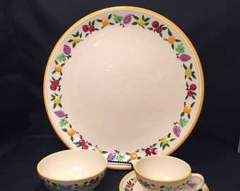 Franciscan 14 Inch Round Chop Plate Small Fruit Serving Platter SHIPS FREE