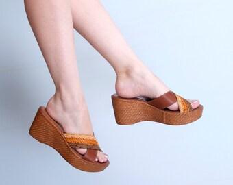 70's Platform Sandals Woven Leather Italian Shoes Women's Size 9.5