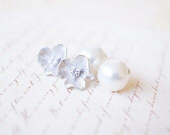 Earrings, Pearl Earrings, Post Earrings, Flower Earrings, Silver Earrings, Dangle Earrings, Bridal Jewelry, Bridesmaid Jewelry, Gift for Her