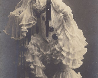 Natalina Cavalieri, Belle Epoque Opera Diva as Pierrette, Posted 1915