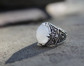 Filigree Moonstone Ring size 7