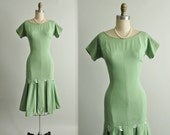 50's Fitted Dress // Vintage 1950's Green Cotton Wiggle Dress Fitted Mad Men Dress S