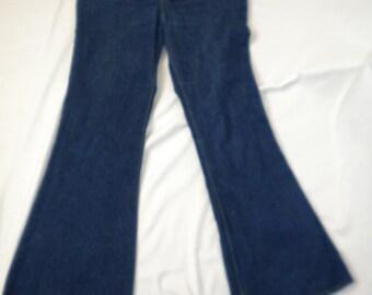 Vintage 1970s 70s Levis denim 684 orange tab Bell Bottom Hippie Jeans Waist 32  Inseam 31