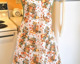 Women's Fall Thanksgiving Apron with Pumpkins