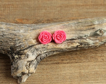 Fuchsia Pink (13) 13mm Dainty Resin Rose Cabochons CF1027