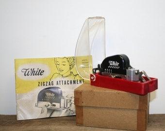 Vintage Greist White 1960s Rotary Sewing Machine Zig Zag Attachment & Case