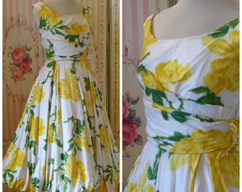 1950s Cocktail Dress / Beautiful Floral Print Cotton / Full Gathered Harem Hem Skirt / S Small / Needs TLC