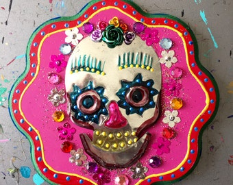 Mexican tin metal skull on wood plaque / Mexican folk art / rainbow pink purple / affordable Christmas gift/ Day of the dead