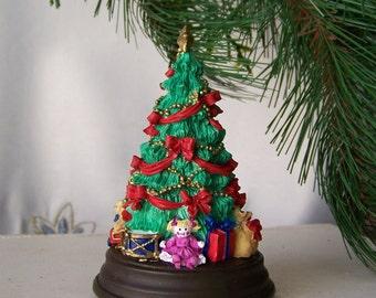 Vintage Music Box Christmas Tree San Francisco Music Box Co 1994 Tannenbaum Silent Night Presents Under The Tree Original Box