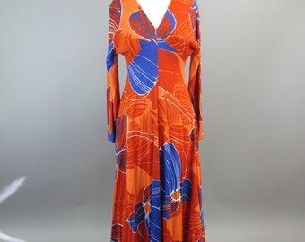 1970s Bold Print Knit Maxi Dress